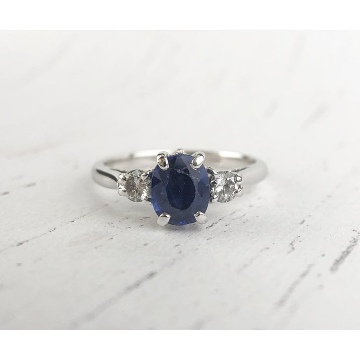 Cornglower Blue sapphire and Diamond Three Stone Ring