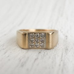 Diamond Sqaure Signet Ring
