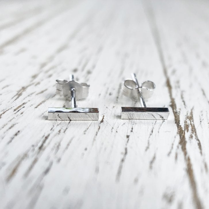 Hammered Square Bar Studs in White Gold