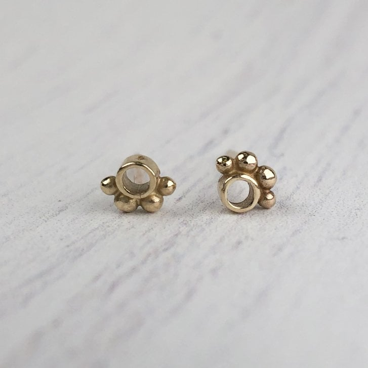Issy White Tube studs with gold grains