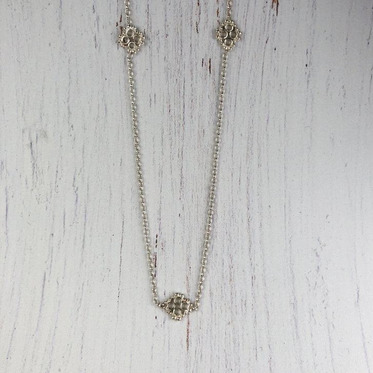 Issy White Tubes and Grains Silver Necklace