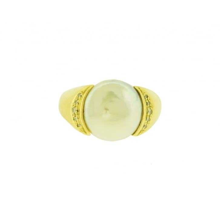 Mabe Pearl and Gold Ring
