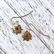 Yasmin Earrings in Yellow Gold with Fire Opals