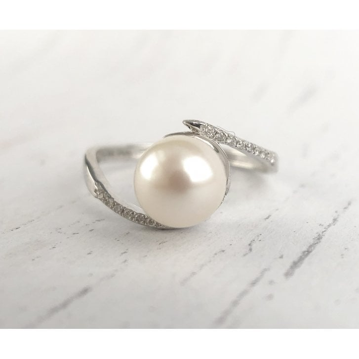 Pearl and Diamond Crossover Ring