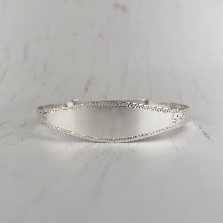 Resizable baby bangle in silver