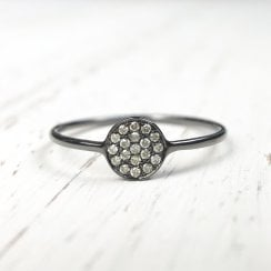 Black ring with Diamond Disc