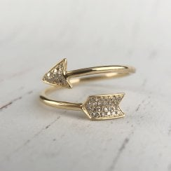 Diamond Pave Cross Over Arrow Ring in Yellow Gold