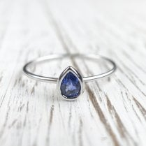 Richard Woo Pear shaped bezel sapphire ring in white gold