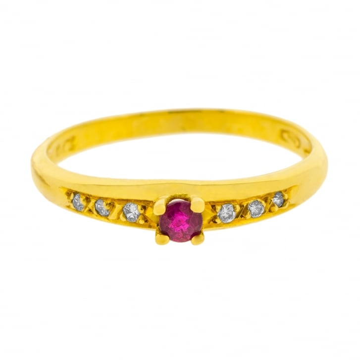 Ruby Solitare with Diamond Accents