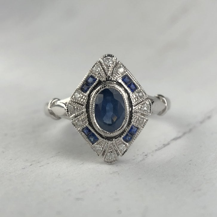 Sapphire and diamond Panel ring in white gold