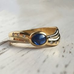 Wavy Sapphire Cabochon and Diamond Dress Ring
